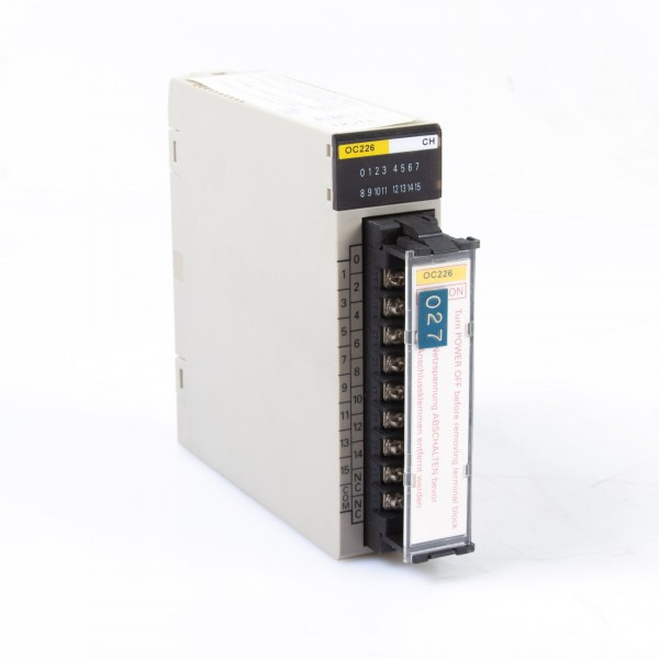 Omron C200H-ID212, OC226 Programmable Controller Output Unit
